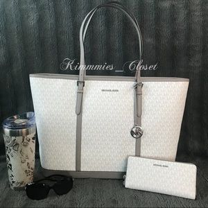 NWT 🏷 Michael Kors Jet Set XL Tote & Wallet